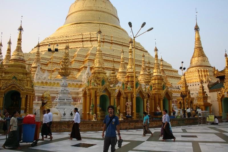 Přejezdový maratón do Kinpun a Yangonu