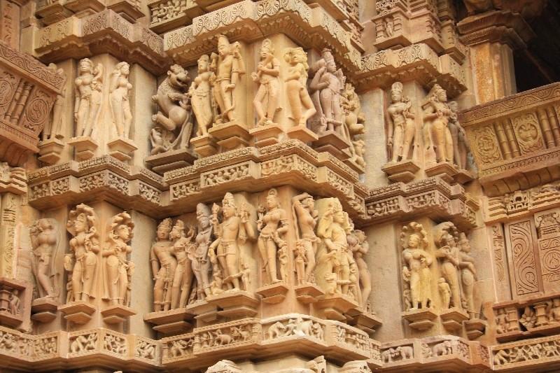 Erotika na chrámech?!? V Khajuraho určitě ano. ;-)